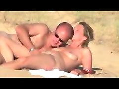 Couple, Beach, Hidden, Spy, Money talks maid, Txxx